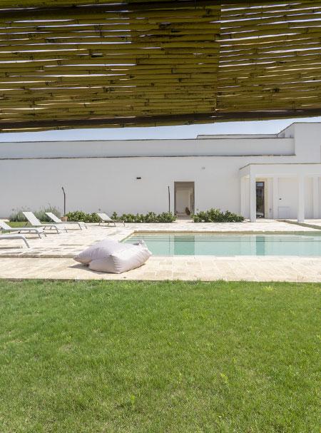 relax-in-masseria-con-piscina-e-centro-benessere-caprarica-di-lecce-salento